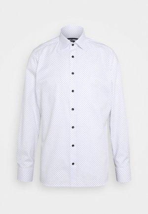 No. 6 - Kostymskjorta - marine