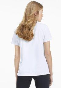 Puma - Print T-shirt - puma white - 2
