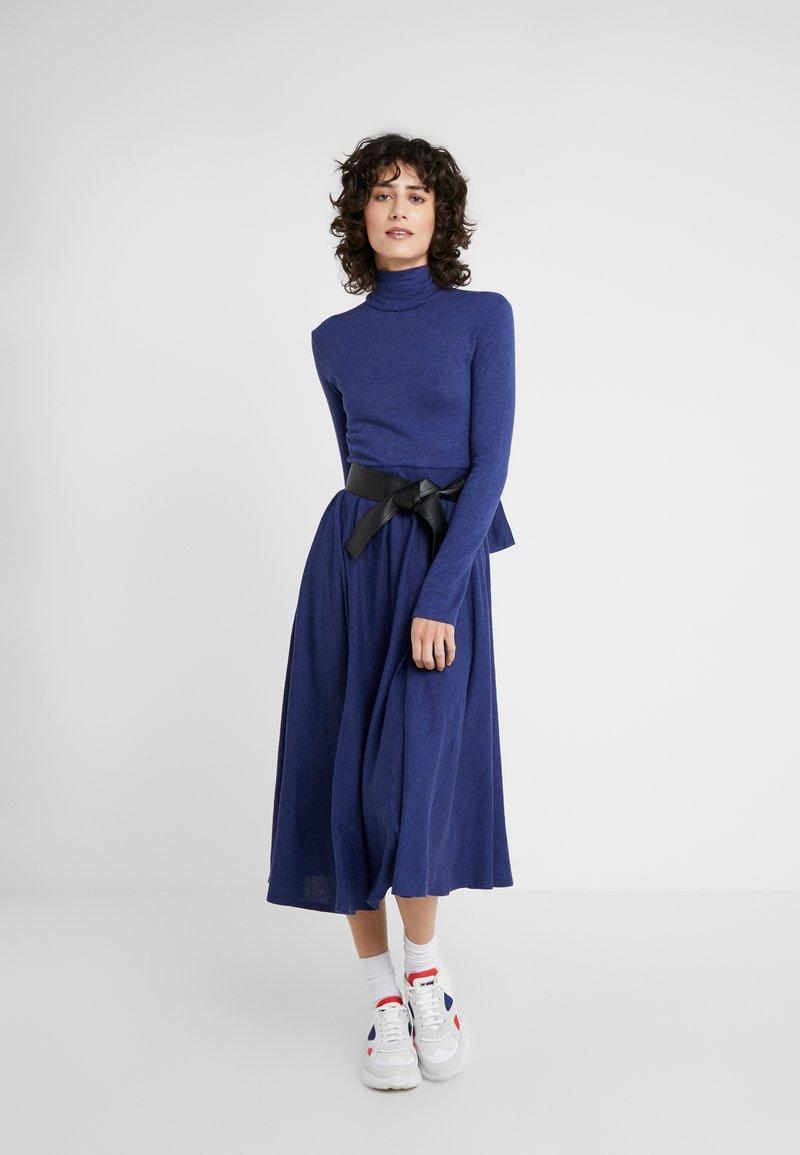 MAX&Co. - DRENARE - Sukienka dzianinowa - blue