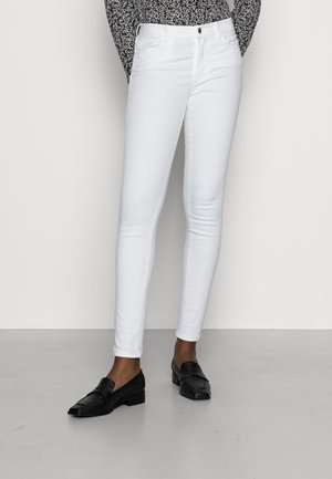 Slim fit jeans - white denim