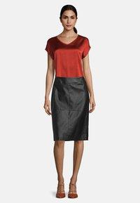 Betty Barclay - Pencil skirt - noir - 1