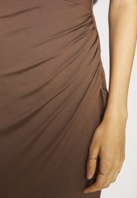 Nly by Nelly - SASSY COWL NECK DRESS - Maxi dress - nogat - 5