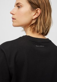 Marc O'Polo - Basic T-shirt - black - 4