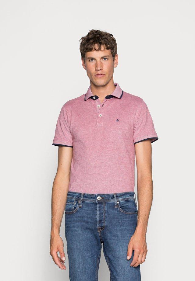 Polo shirt - brick red
