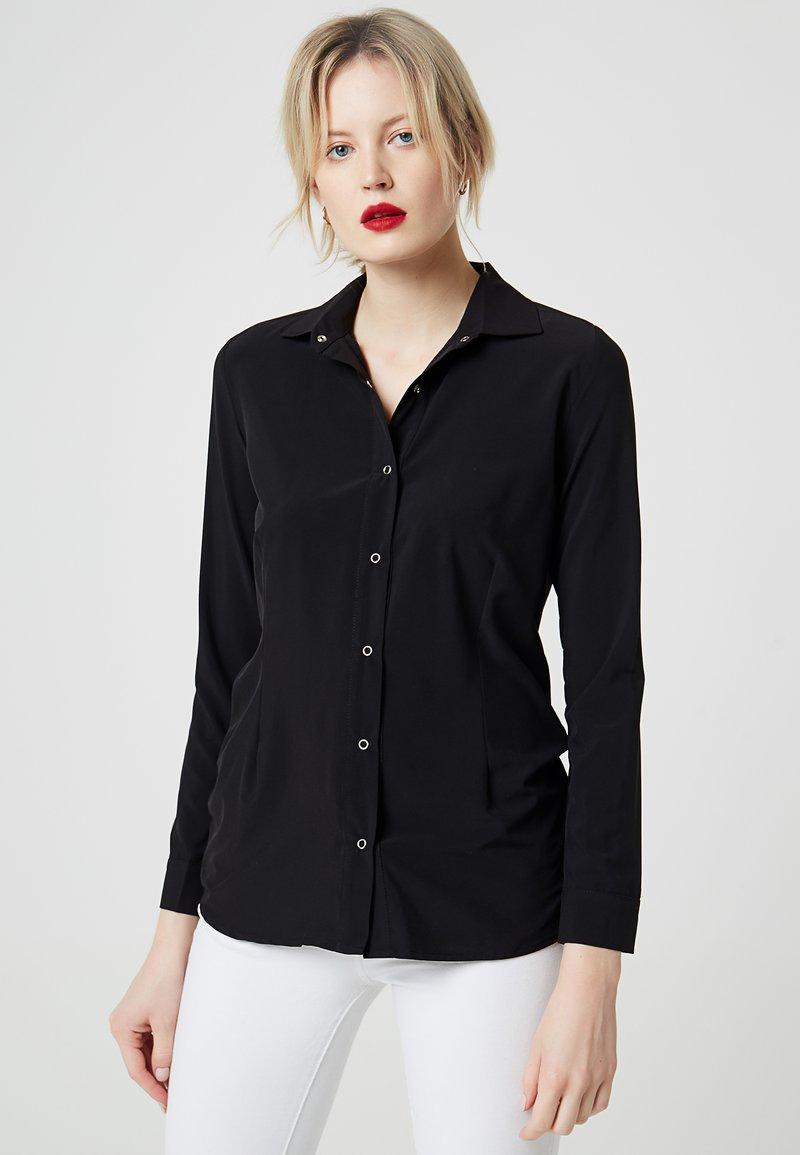 RISA - Skjortebluser - black