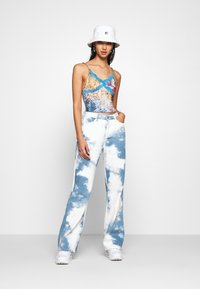 Jaded London - CAMI WITH TRIM LEOPARD ROSES MASH UP - Top - multi - 1
