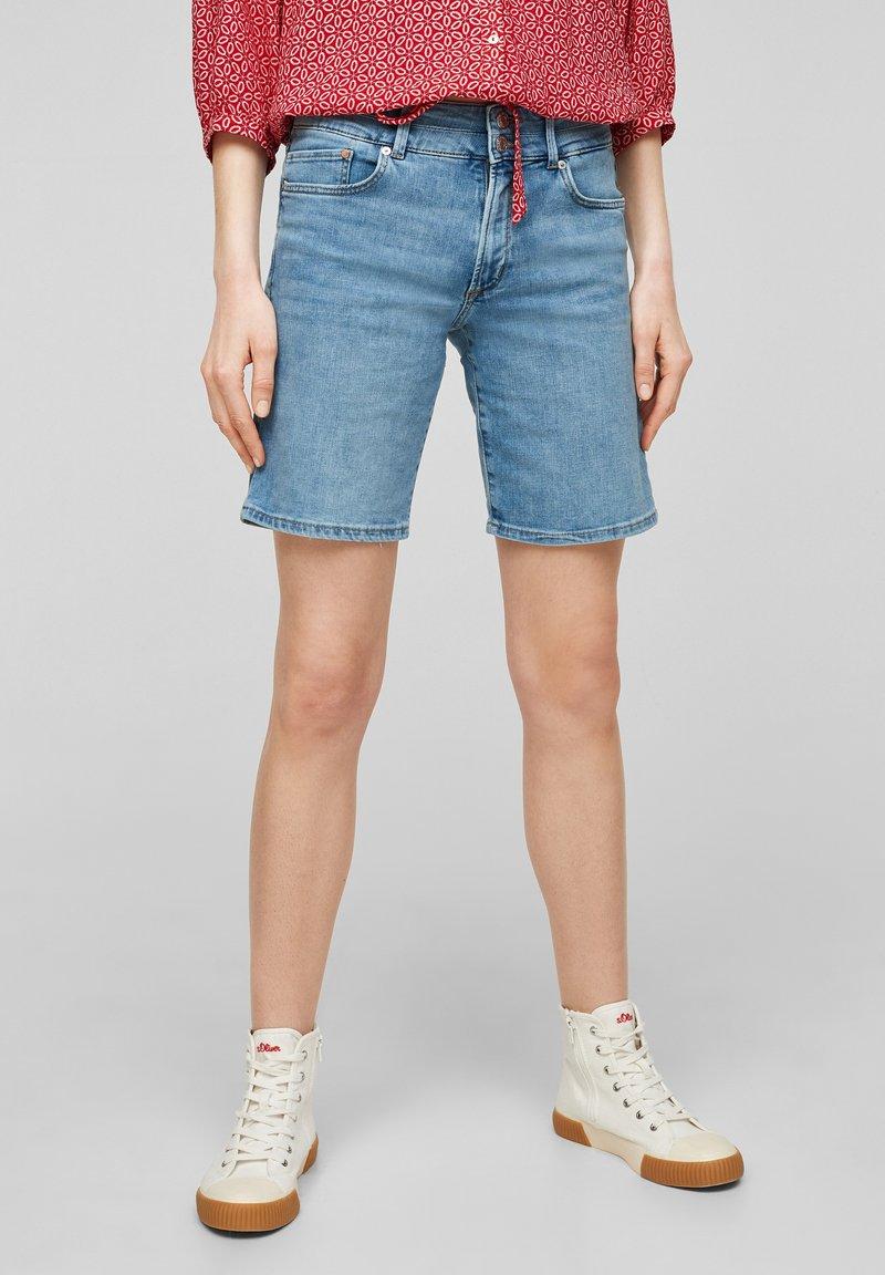 s.Oliver - Short en jean - light blue