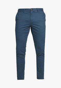 MOTT CLASSIC SLIM FIT - Chino kalhoty - steel