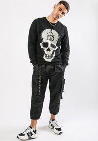 Ed Hardy - SKULL-13 CREW NECK SWEATSHIRT - Sweatshirt - black - 1