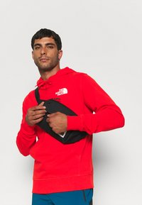 The North Face - IC CLASSIC HOODIE CLIMB - Luvtröja - fiery red - 3