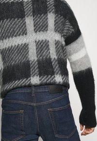 Diesel - D-STRUKT - Slim fit jeans - 009hn - 4
