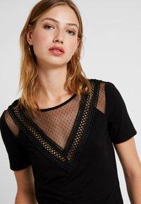 Morgan - DREAM - Print T-shirt - noir - 3