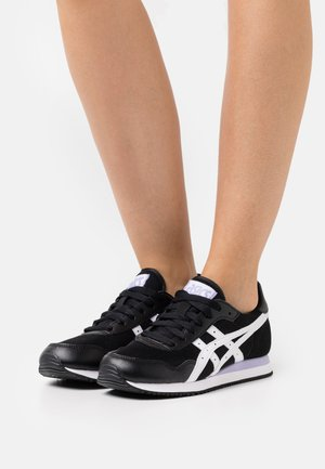 TIGER RUNNER - Sneakersy niskie - black/white