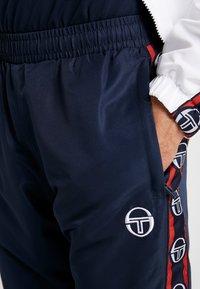 sergio tacchini - DORAL TRACKSUIT SET  - Dres - navy/white - 7