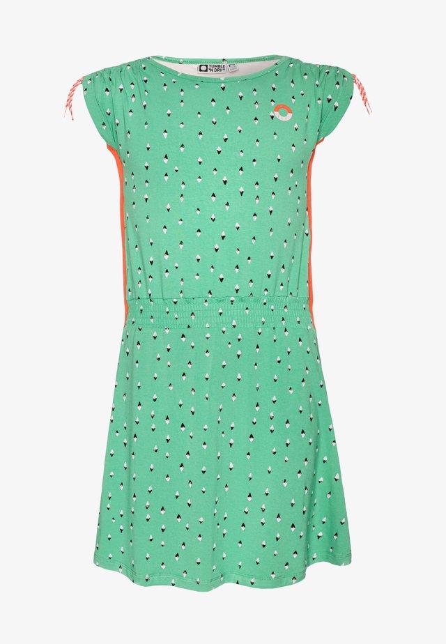 LUCINA - Žerzejové šaty - green spruce