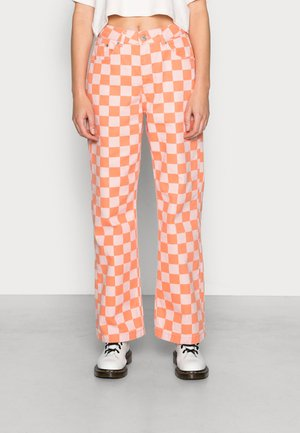 ROOK  - Relaxed fit jeans - pink/orange