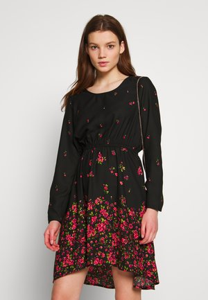 ONLLANA SARAH DRESS - Kjole - black