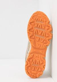 ASICS SportStyle - GEL-VENTURE 6 - Sneakers basse - putty - 4