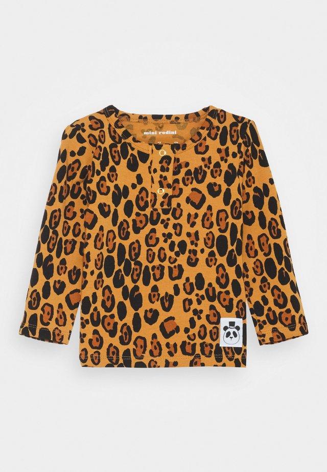 BABY BASIC LEOPARD GRANDPA UNISEX - T-shirt à manches longues - beige