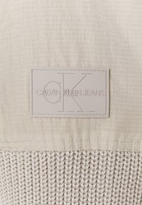 Calvin Klein Jeans - MIXED MEDIA HOODED - Hoodie - string - 2