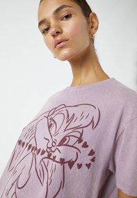 PULL&BEAR - Print T-shirt - purple - 4