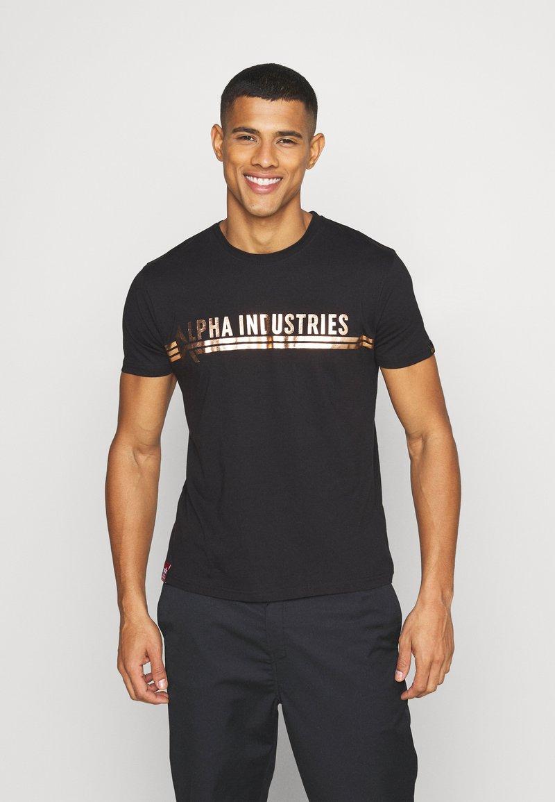 Alpha Industries - T-shirt med print - black/copper