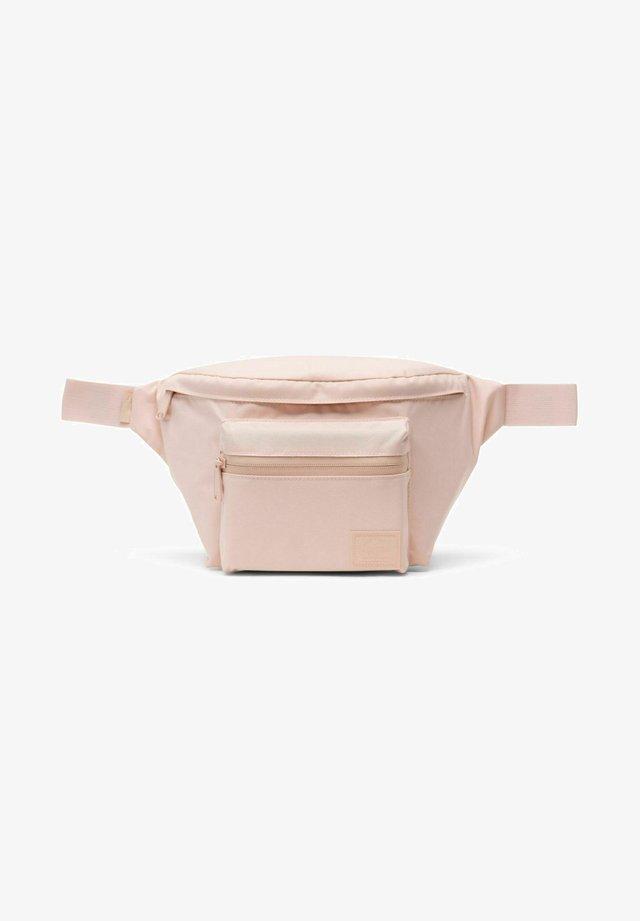 Bum bag - cameo rose
