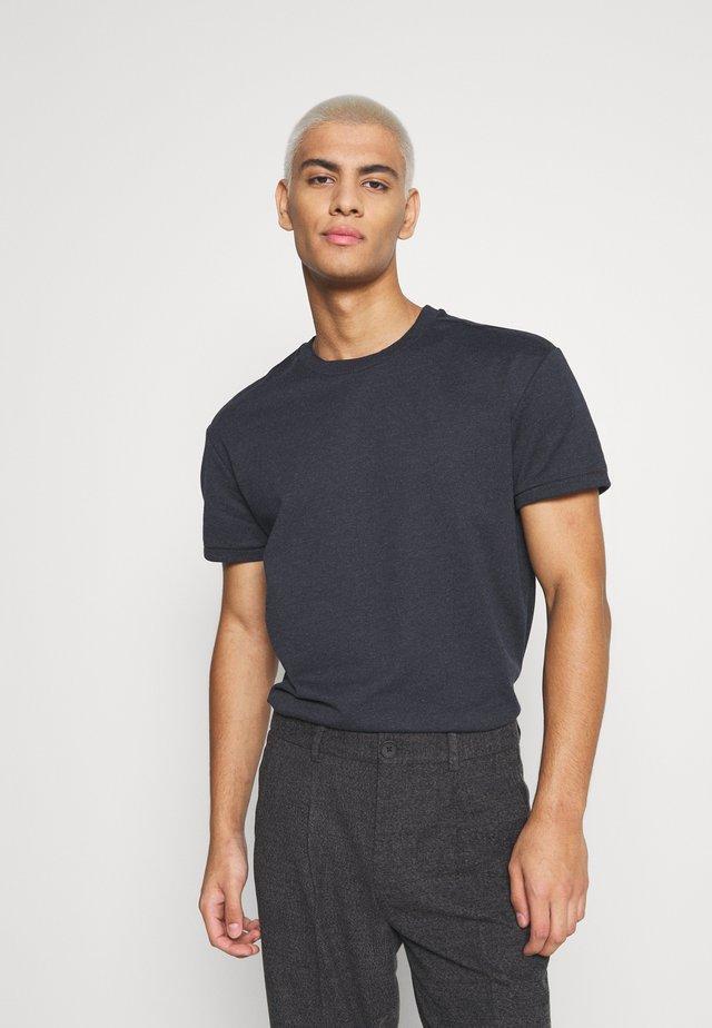 JPRBLAZAYN TEE CREW NECK - T-shirt - bas - ombre blue