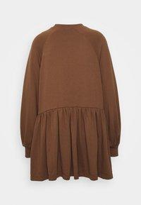 Missguided Petite - SMOCK DRESS - Sukienka letnia - tan - 1