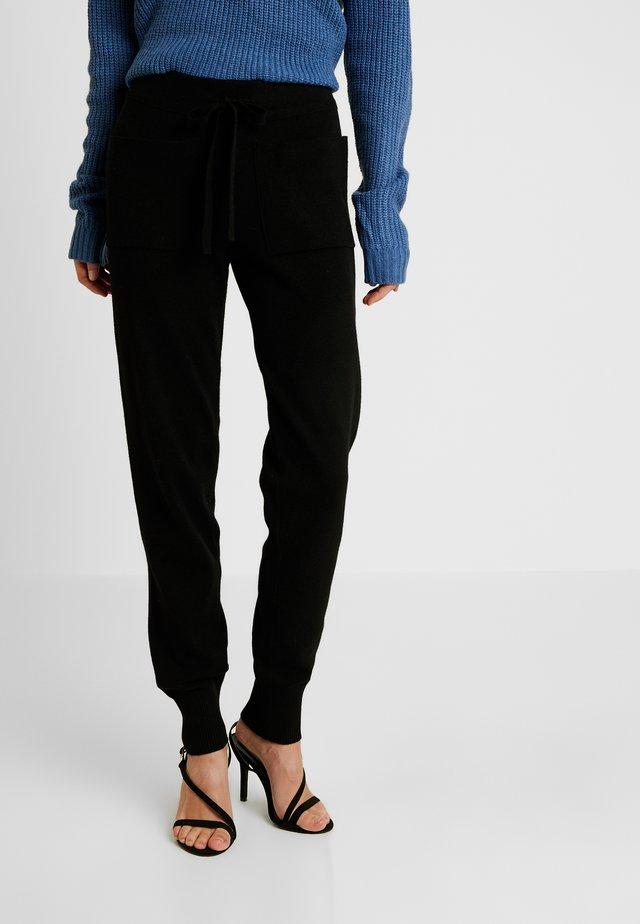 NMSHIP POCKET PANT - Spodnie materiałowe - black