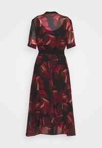 Betty & Co - Day dress - black/red - 1