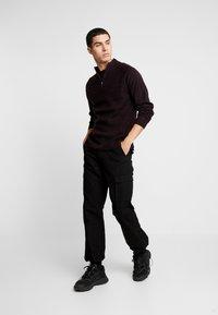 Burton Menswear London - HALF ZIP  - Sweter - burgundy - 1