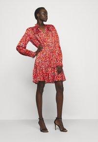 Pinko - NOMADE ABITO CLOQUE FIORELLINO - Day dress - red - 3