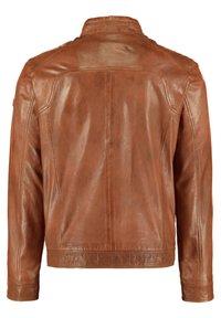 DNR Jackets - MIT ABGESETZTEM BUND UND STEHKRAGEN - Leather jacket - cognac - 1