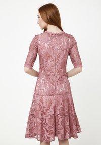 Madam-T - Cocktail dress / Party dress - rosa - 2