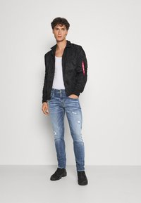 Replay - ANBASS AGED - Jeans Skinny Fit - medium blue - 1