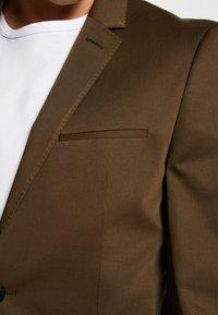 HUGO - ADD ON ASTIAN/HETS - Suit - olive - 11