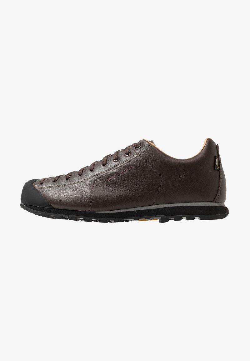 Scarpa - MOJITO BASIC GTX - Hiking shoes - dark brown