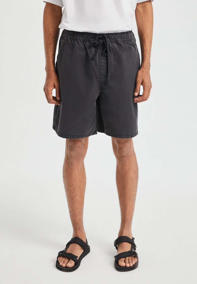 PULL&BEAR - Shorts - black