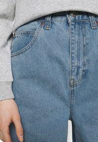 BDG Urban Outfitters - MODERN BOYFRIEND - Relaxed fit jeans - bleach - 4