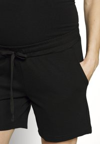 MAMALICIOUS - Shorts - black - 4
