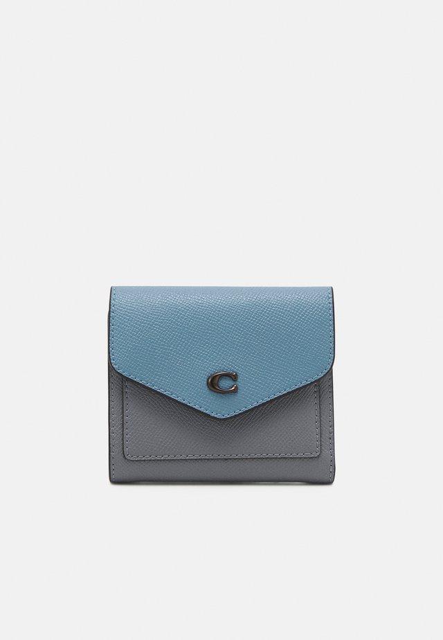 COLORBLOCK SMALL WALLET - Wallet - granite/azure