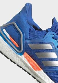 adidas Performance - ULTRABOOST 20 DNA PRIMEBLUE RUNNING - Neutrala löparskor - blue - 6