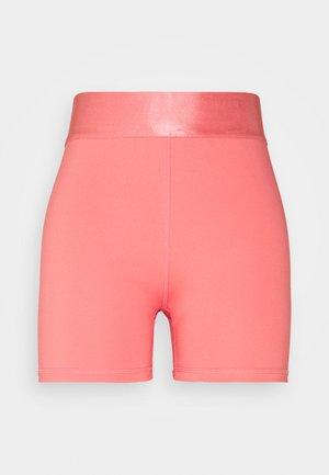 Trikoot - pink