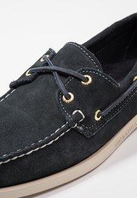 Sebago - DOCKSIDES PORTLAND - Boat shoes - blue navy - 5