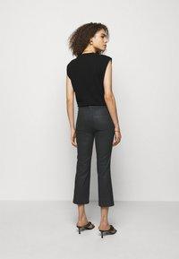 DRYKORN - BASKET - Trousers - schwarz - 2