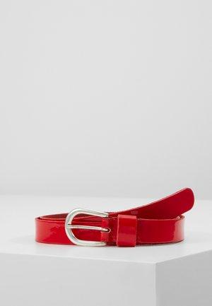 Belt - rot