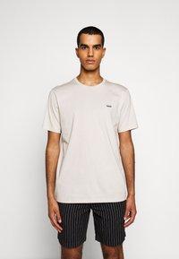 HUGO - DERO - Basic T-shirt - medium beige - 0