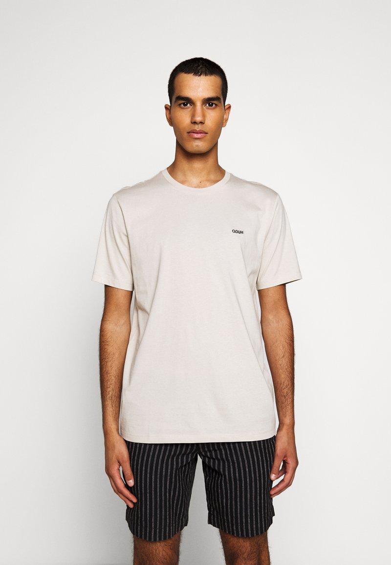 HUGO - DERO - Basic T-shirt - medium beige