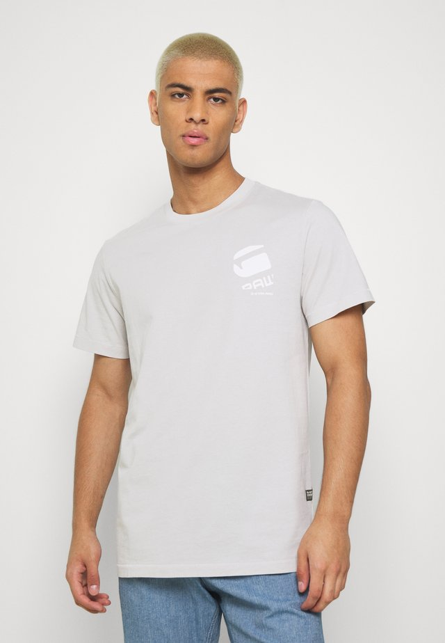 BIG LOGO BACK  - T-shirt con stampa - cool grey